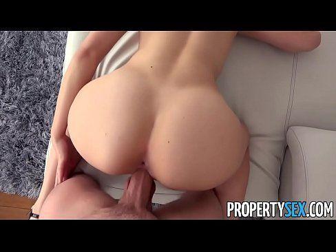 Rabuda loira novinhas safadas em um sexo bom